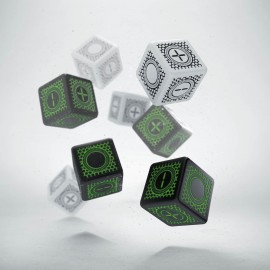 Cyber Fudge D6 Dice: 4D6 Black & green + 4D6 random color D6 (8)