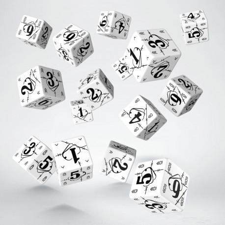 Battle War White & black D6 Dice (15)
