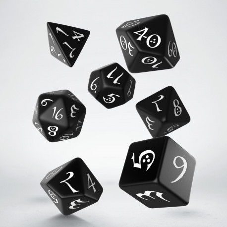 Classic RPG Black & white Dice Set (7)