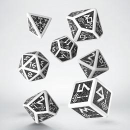 Kości RPG Krasnoludzkie Biało-czarne VINTAGE