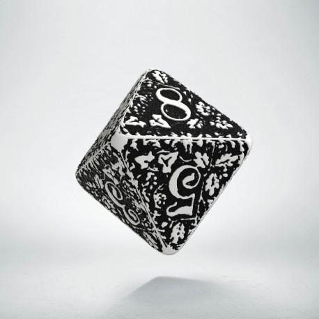 D8 Forest White & black die (1)