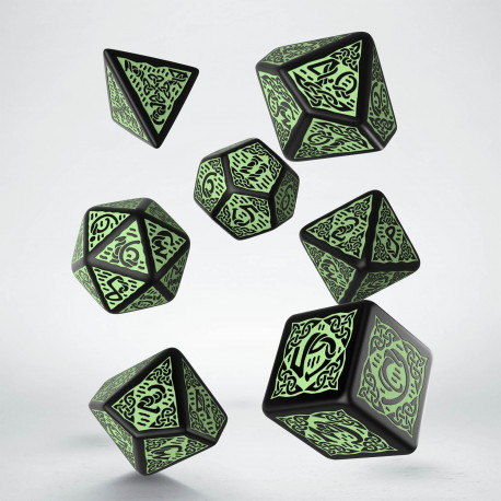 Celtic 3D Revised Black & green Dice Set (7)