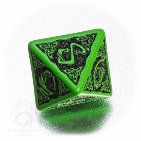 D8 Celtic 3D Green & black Die (1)